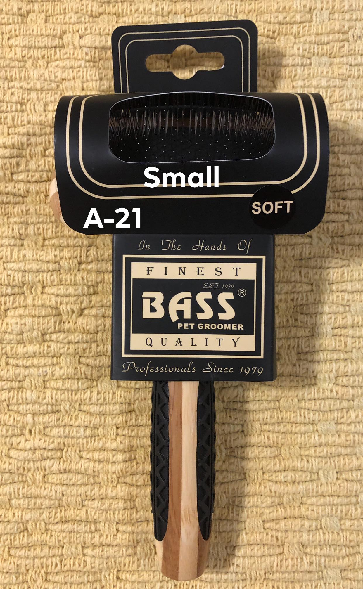 Bass A-21 Small Wet/Dry Bamboo Soft Slicker